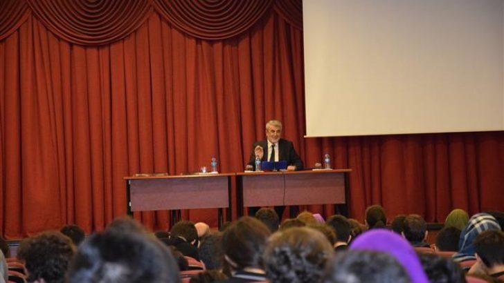 """""""Gencim, Maneviyatım, Temel Dayanağım"""" konferansları bu yılda devam ediyor."""