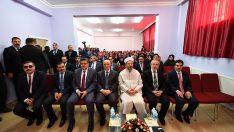 Diyanet İşleri Başkanı Erbaş, İmam Hatip Lisesi öğrencileriyle bir araya geldi