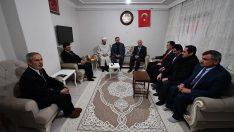 Diyanet İşleri Başkanı Erbaş, Muş'ta şehit ailelerini ziyaret etti