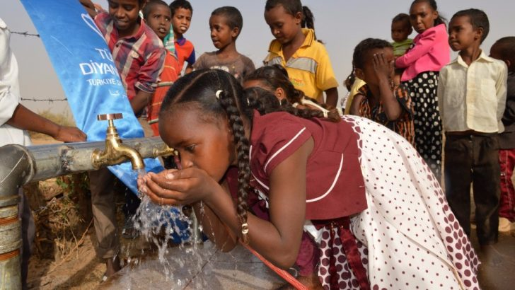 Türkiye Diyanet Vakfından Sudan'a su kuyusu