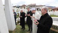 Diyanet İşleri Başkanı Erbaş, Aliya'nın kabrini ziyaret etti