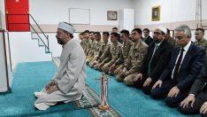 Diyanet İşleri Başkanı Erbaş, Fatihler JÖH Tabur Komutanlığını ziyaret etti