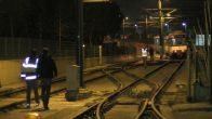 Topkapı'da tramvay raydan çıktı!