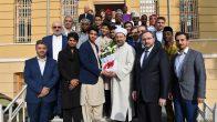 Erbaş, Uluslararası İmam Hatip Lisesi öğrencileriyle buluştu