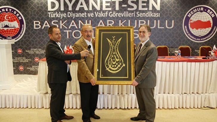 Amacımız İslam Dünyasında Bir Bilinç ve Uyanışa Vesile Olmak