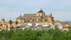 Kurtuba Ulu Camii kilisenin malı olamaz