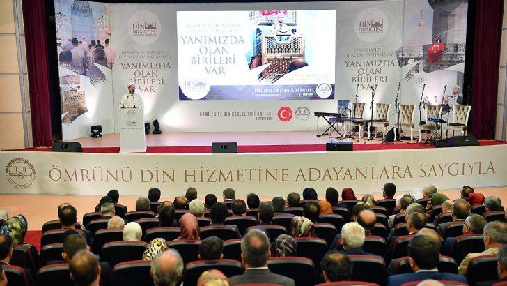 Camiler ve Din Görevlileri Haftası 'Din Hizmetine Adanmış Ömürler' temasıyla başlad