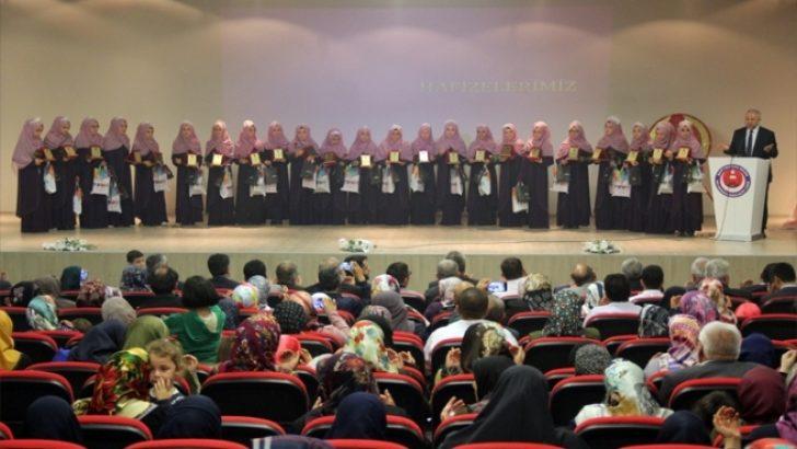 Proje imam hatipler meyvelerini vermeye başladı