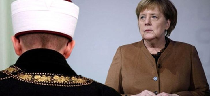 Merkel'den imamlar için dikkat çeken karar! Çalışmalar başlıyor..