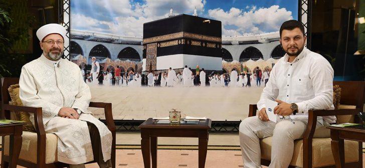 Erbaş, Mekke'de Diyanet TV'ye konuk oldu