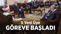 Mushafları İnceleme ve Kıraat Kurulu Başkanlığına, beş yeni üye atandı.
