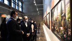 Diyanet İşleri Başkanı Erbaş, Fetih Müzesi'ni gezdi